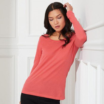 Womens Featherweight Long Sleeve Sheer Scoop Tee